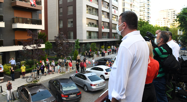 Kadıköy'de 19.19'da İstiklal Marşı coşkusu