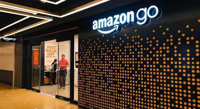 Amazon'dan kasasız market