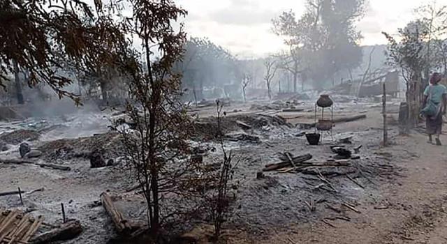 """""""Askeri cunta bir köyü tamamıyla yaktı"""" iddiası"""