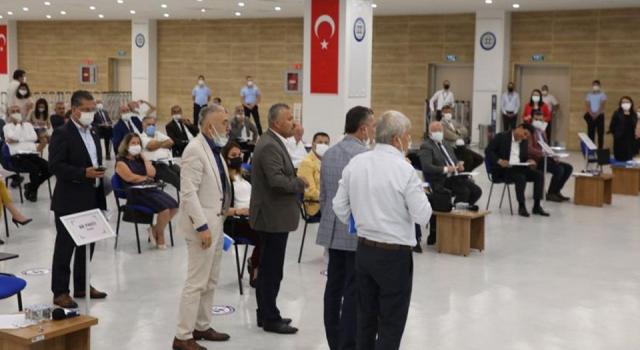 Atatürk'e hakaret eden imam kınandı, AK Parti ve MHP grubu salonu terk etti