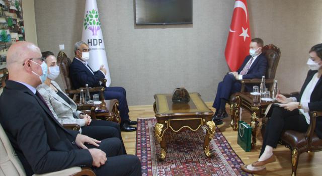 Avustralya ve Romanya büyükelçileri HDP'yi ziyaret etti