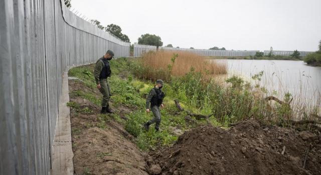 Yunanistan Meriç Nehri sınırında çelik duvar örecek