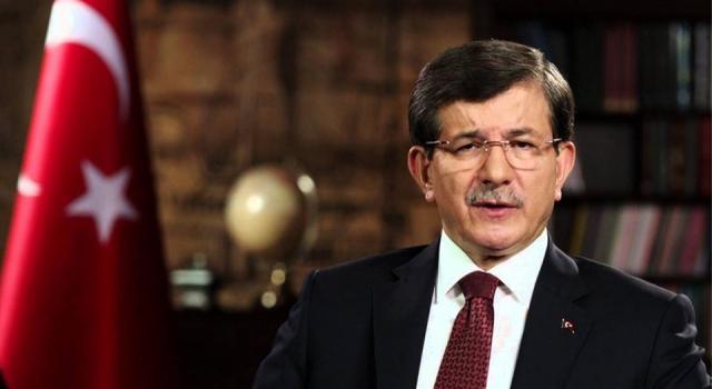 Davutoğlu: Yazlık Saray'ın maliyetine 15 yangın uçağı alınırdı