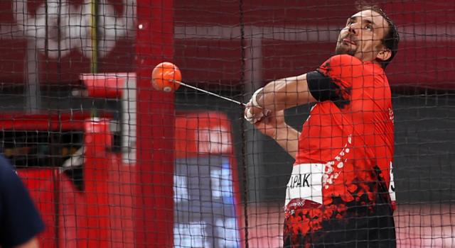 Eşref Apak, çekiç atmada olimpiyat oyunlarını 9. tamamladı