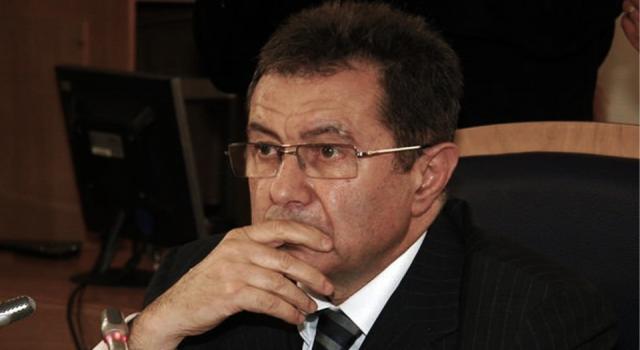 Mehmet Emin Karamehmet, dev şirketi kime devrediyor?