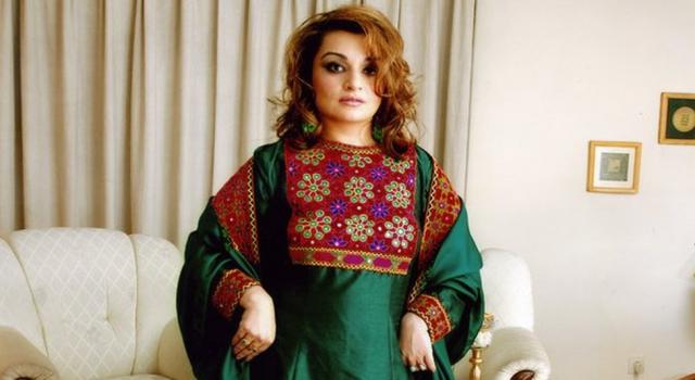 Afgan kadınlardan #KıyafetimeDokunma kampanyası