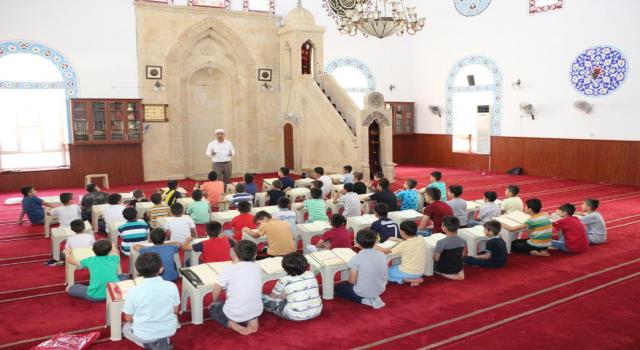 Diyanet, Kur'an kurslarının zorunlu eğitimden sayılmasını istiyor