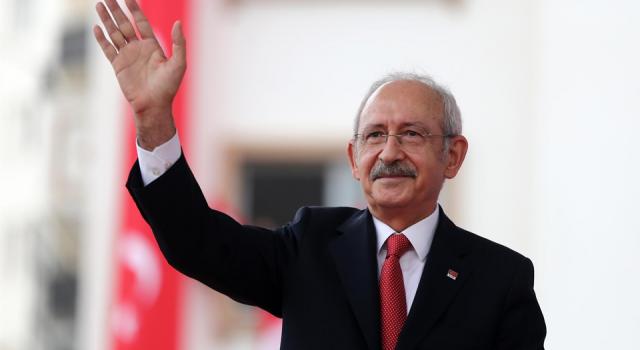 Kılıçdaroğlu: Gençler, sizi unuttuğumu zannetmeyin, benden haber bekleyin