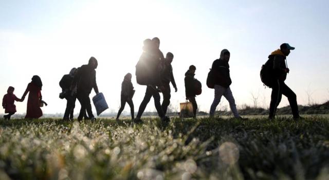 Kırklareli'nde Fas, Cezayir ve Lübnan uyruklu 8 göçmen yakalandı