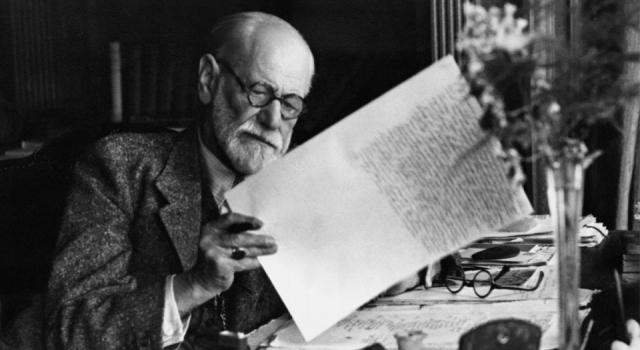 Alışveriş çılgınlığının sırrını Freud yüz yıl önce mi çözdü?