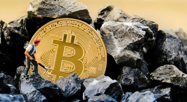 El Salvador, volkan enerjisiyle Bitcoin madenciliği yapıyor