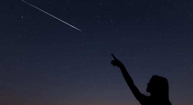 Görülen en büyük kuyruklu yıldız, Güneş'e doğru ilerliyor