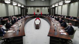 Gözler Kabine toplantısında