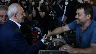Kılıçdaroğlu'ndan elleri kirli diye tereddüt eden esnafa: O eli sıkmaktan şeref duyarım
