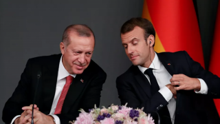 Macron'dan Erdoğan açıklaması: Fikir ayrılıklarımız olsa da...