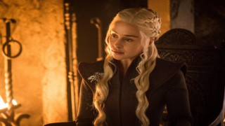 Game of Thrones'un yıldızı Emilia Clarke'tan Marvel'ın gizlilik takıntısı hakkında şakayla karışık gönderme