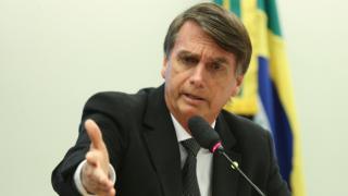"""Brezilya Devlet Başkanı Bolsonaro'dan yandaşlarına """"silah alın"""" çağrısı"""
