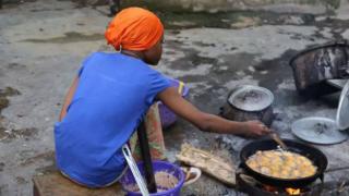 Nijerya'da yemeğe tuz yerine yanlışlıkla gübre atıldı: 24 ölü