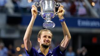 ABD Açık Tenis tek erkeklerde Medvedev, Djokovic'i yenerek şampiyon oldu