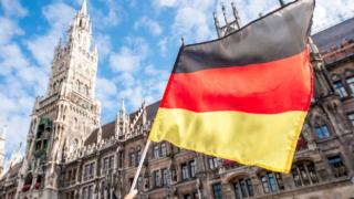 """""""Almanya'nın yılda 500 bin göçmen iş gücüne ihtiyacı var"""""""