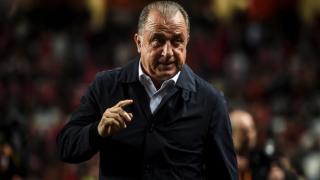 Galatasaray'da beraberliğin faturası 2 futbolcuya kesildi!