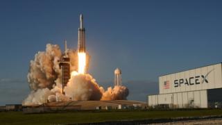 Uzay turistleri yola çıkıyor