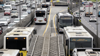 Metrobüs duraklarına bir yenisi daha ekleniyor