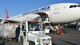 Türkiye'nin gönderdiği aşı ve ilaçlar Özbekistan'da